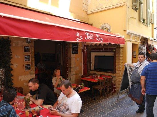 Restaurante Le Petit Bar